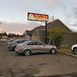 Foto de Relief Pitcher Tavern