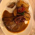 Foto de Hunyadi Etterem Restaurant