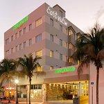 Courtyard by Marriott Miami Beach South Beach