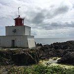 صورة فوتوغرافية لـ Amphitrite Point Lighthouse