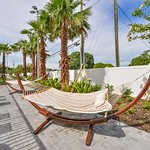 Holiday Inn Express & Suites St. Petersburg - Madeira Beach