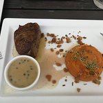 Photo de Westy Hajó Restaurant & Pub