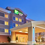 Holiday Inn Express Hotel & Suites Marysville