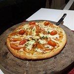 Фотография The Dining Room Restaurant, Bar & Pizzeria