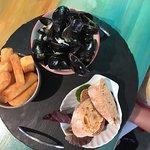 Billede af TJ's Restaurant