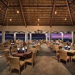 El Cid La Ceiba Beach Hotel Image