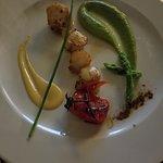 scallops w zucchini puree