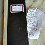 """O original """"livro de fiados"""" para trazer a conta à mesa"""