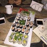 Foto de Umi Sushi Mix
