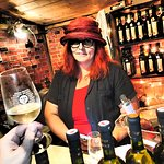 Mili is the lady in red hat and in love (not only) with wine