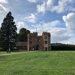 Фотография Lullingstone Castle & The World Garden