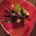Helt fantastisk sushi, tunfisktartaren var himmelsk, beef teryaki smeltet på tungen, sjokoladeka