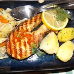 Grilled salmon at Postigo do Carvao