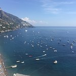 Great place for a light lunch in Positano with an excellent view!!  Prices are reasonable and th