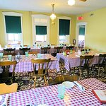 Foto de Good 'N Plenty Restaurant