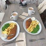 Fish chips & peas. Free tartare