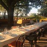 Der Tisch ist gedeckt, das Abendessen kann beginnen!