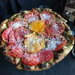 Heirloom pizza