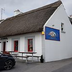 Moran's Oyster Cottage fronts on to the estuary of the Kilcolgan River.
