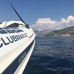 Photo de Aventur Yacht Charter
