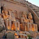 il tempio grande di Ramsis II ad Abu Simbel