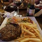 Фотография Oneil's Irish Bar and Grill