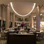 Grand Brasserie at Waldorf Astoria Shanghai on the Bund의 사진