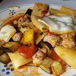 Paccheri freschi con salsiccia, melanzane e scamorza