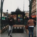 La stazione metro di Champs Elysèes