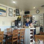Foto van Waterside cafe