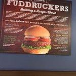 Foto de Fuddruckers