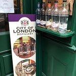 Photo de Liquid History Tours