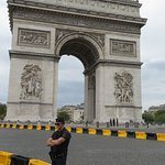 The Arc on the day of the Tour de France