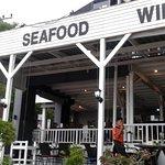 ภาพถ่ายของ ร้านอาหารริมทะเล