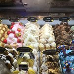Stunning cakes and ice creams