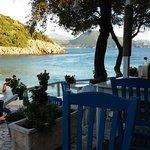 Foto de Thalassa-Mega Ammos Restaurant
