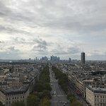 صورة فوتوغرافية لـ قوس النصر (باريس)