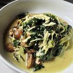 Cavatelli Cacio e Pepe Tri-color cauliflower, jumbo lump crab, parmesan butter, fresh cracked pe