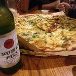 Cheeseboard Pizzaの写真