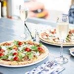 Photo de De Pizzabakkers Voorstraat