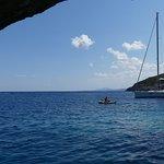 Foto van Blue Caves