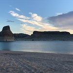ภาพถ่ายของ Lone Rock Beach