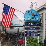 Foto de Pie In The Sky Bakery & Internet Cafe