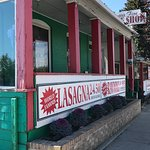 The Front Street Market is bountiful in its offerings of wonderful pastas, sauces, condiments, w