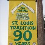 Banner On Light Standard In Front of Ted Drewes