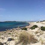 Düne und Blick über Strand