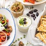 Foto de Eat Greek Kouzina