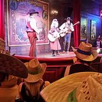 صورة فوتوغرافية لـ ‪Buffalo Bill's Wild West Show with Mickey & Friends‬