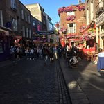 Temple bar.  Buzzing as usual!.
