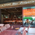 صورة فوتوغرافية لـ La Ferme - Bar - Creperie